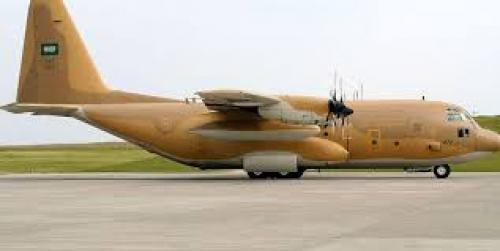عاجل: وصول طائرة سعودية تحمل جثامين عدد من شهداء تفجيرات مطار عدن