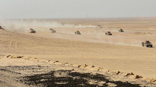 مناورات مشتركة للجيشين الإماراتي والعماني