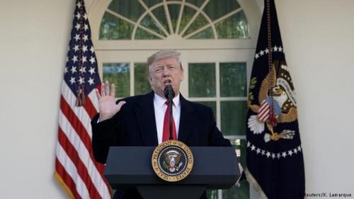 """ترامب يريد إبقاء قواته في العراق """"لمراقبة"""" إيران"""
