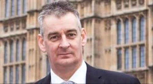 رئيس لجنة البرلمان البريطاني: من دون إلحاق الھزیمة العسكریة بالحوثیین لن تكون ھناك محادثات سلام في اليمن