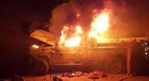 عشرات القتلى وإحراق طقم محمل بالذخيرة في هجوم فاشل لمليشيات الحوثي بالحديدة قبل