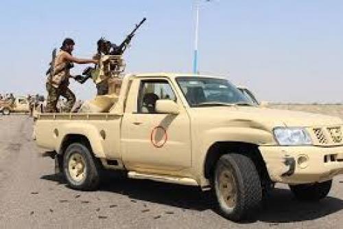 عاجل..تعزيزات عسكرية تابعة للمليشيات الحوثية تصل  الى منطقة بركان في طريقها إلى عقبة ثرة