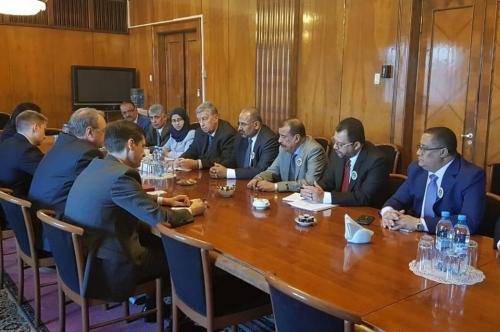 """الرئيس الزبيدي/زيارة رفيعة المستوى لموسكو تكثّف التركيز الدولي على """"القضية الجنوبية"""""""