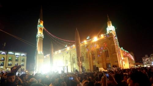 أول دولة عربية تمنع صلاة التراويح والإعتكاف في رمضان