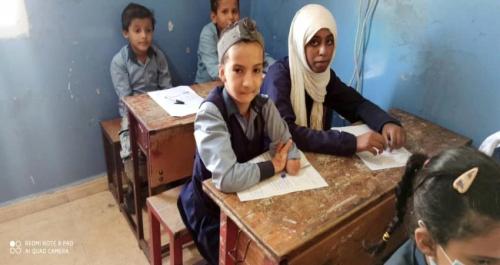 فاطمة نبيل.. طفلة من ذوي الاحتياجات الخاصة تغلبت على تحديات الكتابة