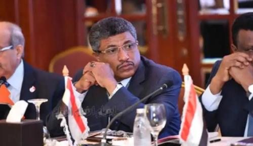 اختيار د. سنكر عضوا في اتحاد المصارف العربية
