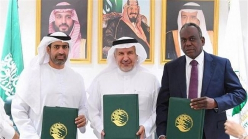 الإمارات والسعودية تقدمان 70 مليون دولار للمعلمين في اليمن