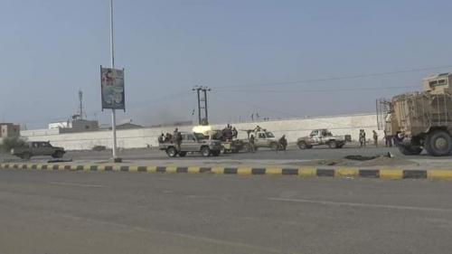 العمالقة وحراس الجمهورية تبعثر المليشيات داخل مدينة الحديدة وحماقات الحوثي تنتهي بمجزرة