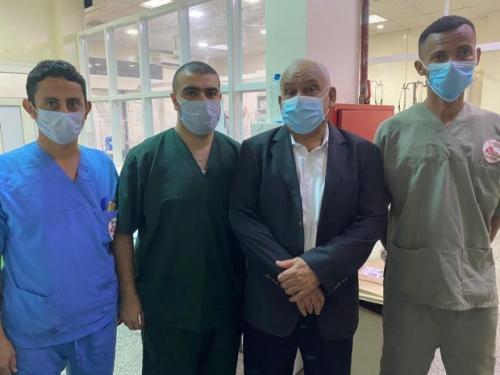 د.الوالي يتفقد أحوال الجرحى والمرضى الجنوبيين في عدد من مستشفيات العاصمة عدن