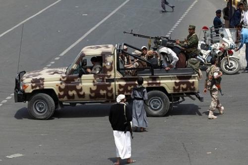 اشتباكات عنيفة بين جنود يمنيين ومليشيا الحوثي بالعاصمة صنعاء