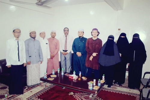 وفد ماليزي يزور جامعة الأحقاف
