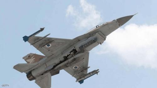 الإعلام الرسمي: الدفاعات الجوية السورية تتصدى لصواريخ إسرائيلية بالقنيطرة