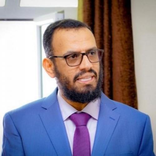 الشيخ هاني بن بريك : طالب الإخونج الرئاسة بإقالتي من الوزارة لأن وجودي يؤثر على جبهاتهم !