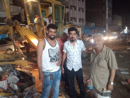 محلي الشيخ عثمان ينفذ حملة نظافة واسعة لشوارع المديرية  خلال ايام عيد الاضحى المبارك