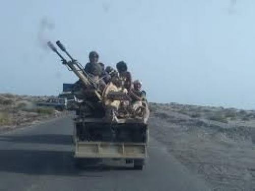 عاجل/قناة روسيا اليوم: اشتباكات عنيفة وقصف متبادل بين قوات حكومة هادي والمجلس الانتقالي في أبين جنوب اليمن,