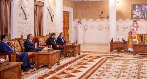 خالد بن سلمان يلتقي رئيس البرلمان اليمني ومستشاري الرئيس هادي