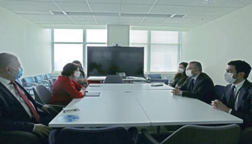 قرقاش: الإمارات شريك فعال في تعزيز السلام والاستقرار