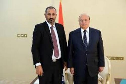 """شيخ: الرئيس متفهم جداً لما يحدث.. ويكشف حقيقة لقاء وفد المجلس بـ """"هادي"""" في جدة"""