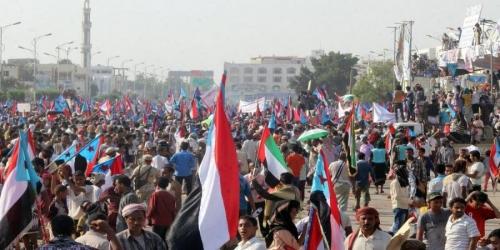 شاهد/تعقيدات السياسة في ظل  الأزمة العسكرية بجنوب اليمن