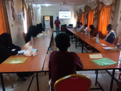 دورة تدريبية للجآن المصالحة  المجتمعية بمديرية عتق-محافظة شبوة