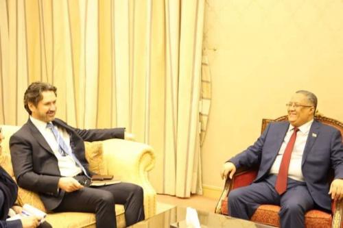 عاجل.. الخبجي يستقبل نائب  السفير البريطاني ويبحث معه آليات تنفيذ اتفاق الرياض