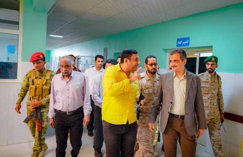 عاجل. محافظ العاصمة عدن يوجّه بتوقيف إدارة  مستشفى 22 مايو العام وإحالتها للتحقيق