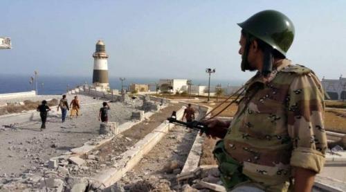 """صحيفة العرب : استراتيجية """"الشرعية"""" في تمكين الإخوان تمهد للصدام مع القوات الجنوبية"""
