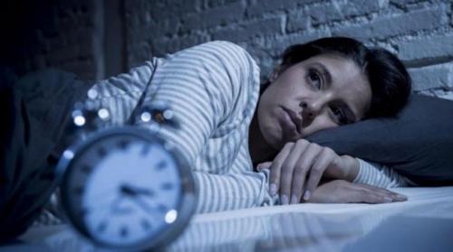 خطوات تساعدك على الخلود إلى النوم في دقيقتين
