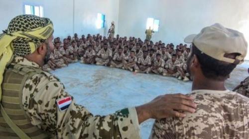 طارق صالح يوجه رسائل نارية للحوثي ويكشف عن أهداف قواته شاهد الفيديو