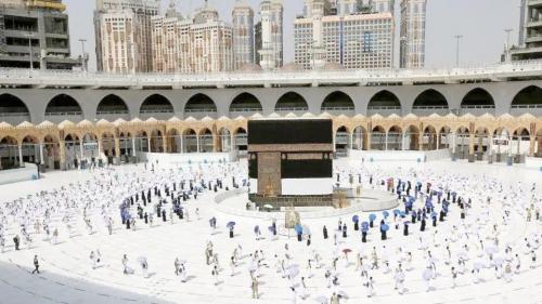 السعودية.. تصاريح الزيارة والعمرة والصلاة مجاناً