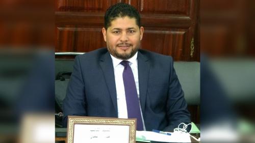 برلماني تونسي يعلن استقالته على الهواء مباشرة