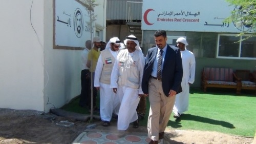 محافظ عدن يلتقي ممثل الهلال الإماراتي بمقر التحالف العربي