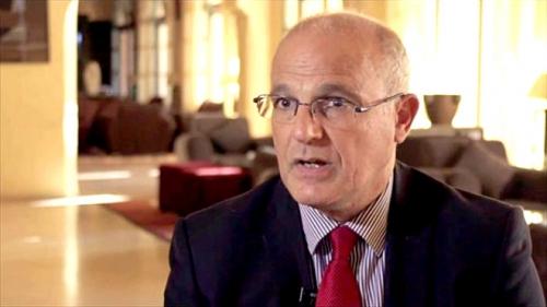d9aae0e77644a قال السفير البريطاني لدى اليمن مايكل أرون إن رد الفعل، في حال عدم حضور  الحوثيين إلى مفاوضات السويد، سيكون قوياً من المجتمع الدولي، إلا أنه عبّر عن  تفاؤله ...