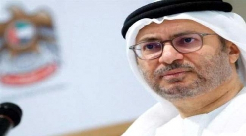 وزير إماراتي يكشف الفارق بين الجهود السعودية الخيّرة والأفعال القطرية السلبية