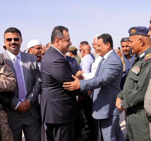 عاجل /شاهد.. أول تصريح لرئيس الوزراء بعد وصوله إلى عدن