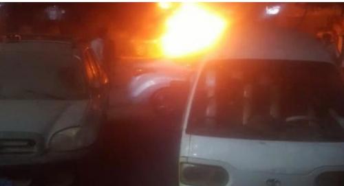 عاجل : انفجار سيارة بأحد شوارع الشيخ عثمان بعدن