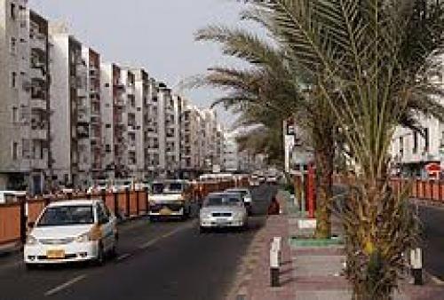 """عاجل.وصول اللجنة العسكرية للتحالف العربي الخاصة بتنفيذ """" ملحق الامن والجيش"""" في إتفاق الرياض"""
