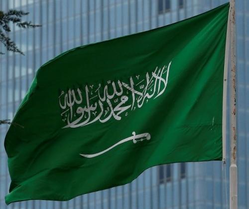 صحيفة سعودية: المملكة سارت في مسارين متوازيين لإنقاذ اليمن