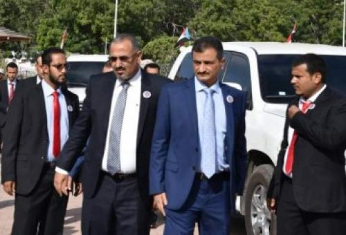 الرئيس الزبيدي: الانتقالي لا يريد حصصا ولا قطعا من كعكة المناصب التي يتنازعها الجميع