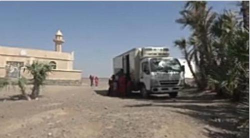 العيادة المتنقلة للهلال الأحمر الإماراتي تواصل تقديم الخدمات الطبية لأهالي التحيتا #الحديدة