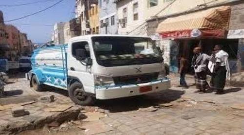 لحج/ شاحنة تدهس طفلة في تبن