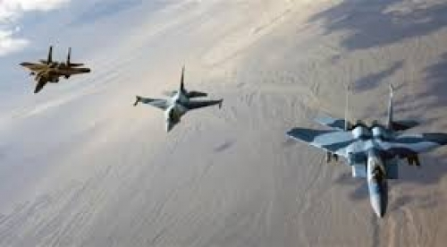 عاجل /طيران التحالف يحلق بكثافة فوق مدينة شقرة بأبين