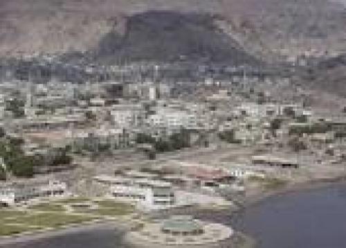 السلطات الأمنية في عدن تلقي القبض على أثيوبي يمتلك مخبأ سري للتعذيب الوحشي