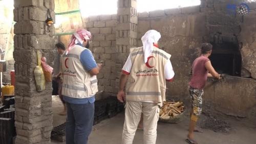 الهلال يفتتح عددا من المخابز في الخوخة لتوفير 12 ألف رغيف خبز مجانا وبشكل يومي على الأسر بالحديدة شاهدفيديو مرئي