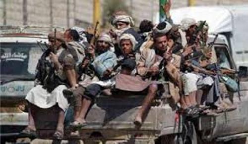 عاجل : اطقم حوثية تفر الان من شارع صنعاء وتتجه الى حي المطراق وسط انهيار شامل