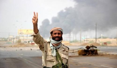 """عاجل.. حصيلة أولية جراء تفجير الحوثيين لمستشفى """"22 مايو"""" أثناء هروبهم منه ..«تفاصيل»"""